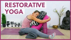 Restorative Yoga bei Überforderung & Stress